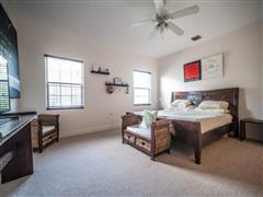 Beautiful Regatta Townhouse on the Canal, 2 bed 2.5 bath in Prospect