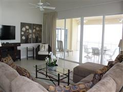 All-Inclusive Short Term BEACH FRONT, LAGUNA DEL MAR SMB PENTHOUSE